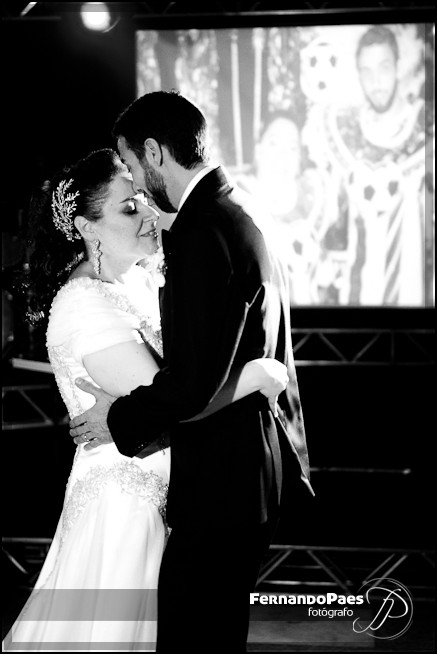 Fotografia de Casamento - Noivos Felizes - Fernando Paes - São Paulo  - Brasil