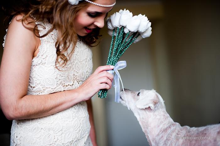 Cachorro no dia da noiva - Fotos de Casamento